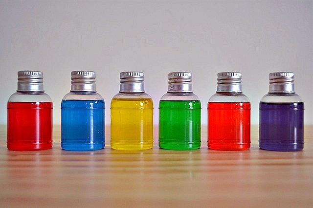 Little Colour Bottles - how we montessori