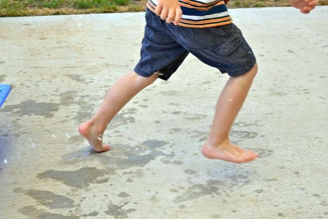 Caspar making footprints