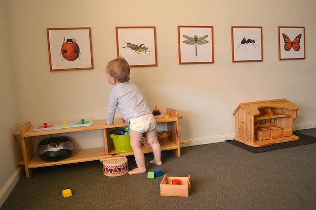 montessori bedroom for newborn 2