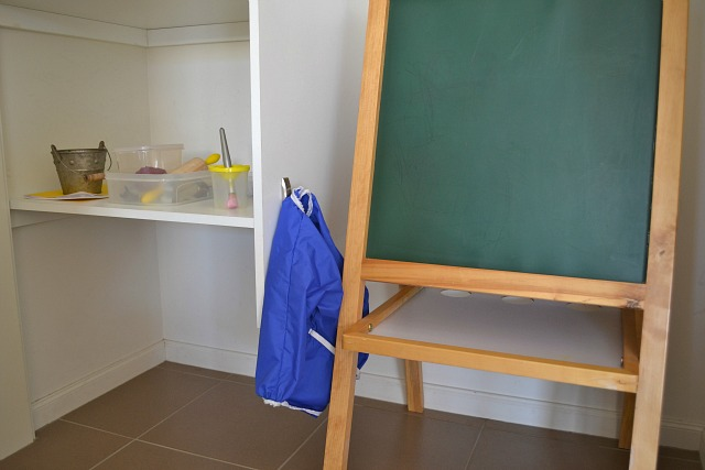 How we Montessori - 14 month old shelf and easel