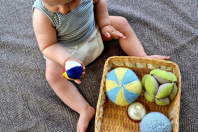 Otis looking at juggling ball